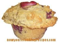 Cornmeal Strawberry Muffins