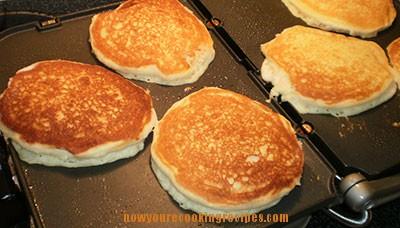 buttermilk-pancakes-griddle
